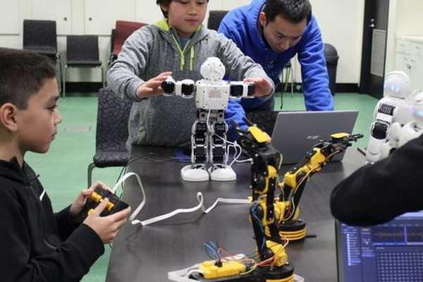 kidsrobot1